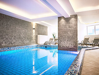 Kinderfreies Wellnesshotel in Kaprun - Pool