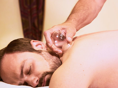 Massage im kinderfreien Wellnesshotel